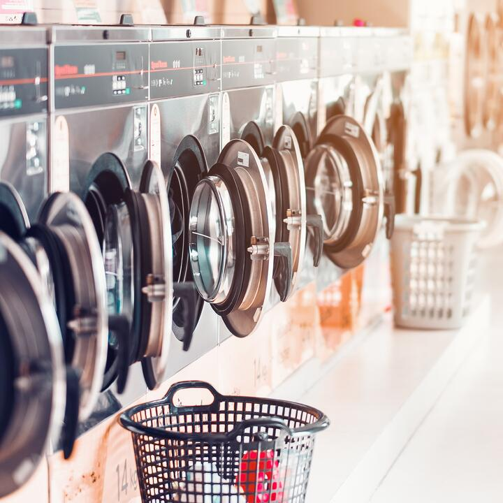 Card Payments at Your Laundromat: How to Choose a Payment Processor