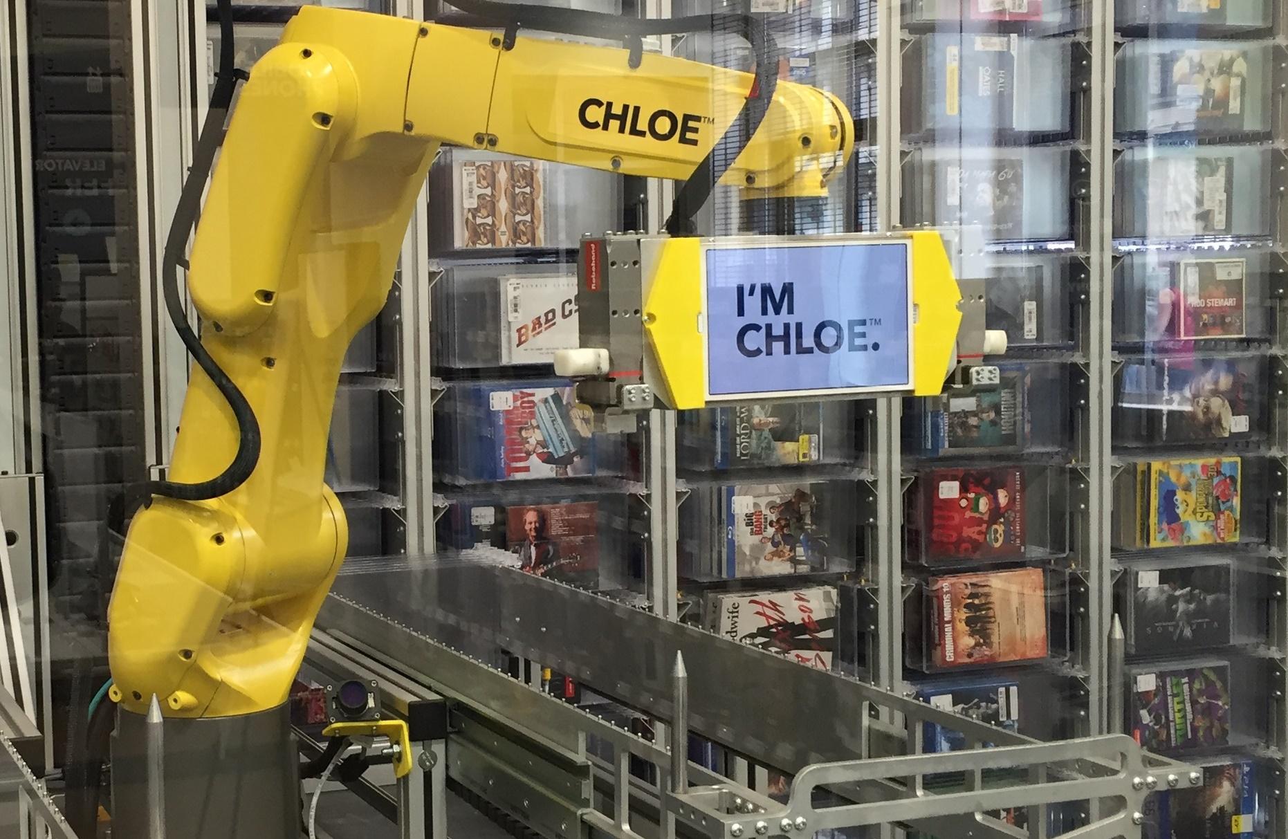 best buy robot   u0026 39 chloe  u0026 39  serves customers at nyc store