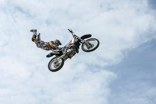 biker-384921_1280