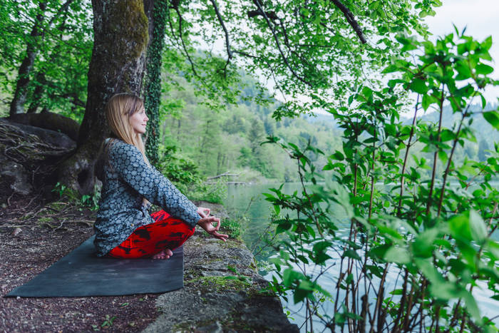 try-meditation-to-better-handle-stress