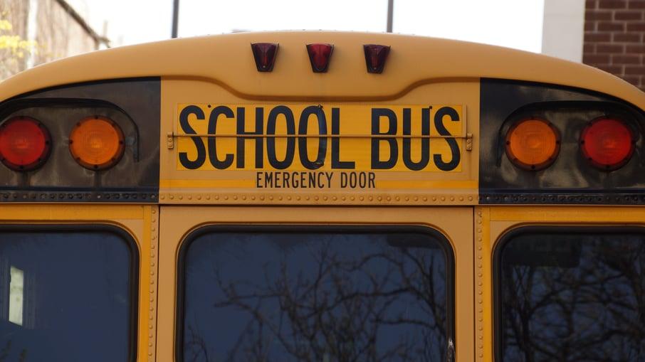 Back of school bus_PIxabay.com