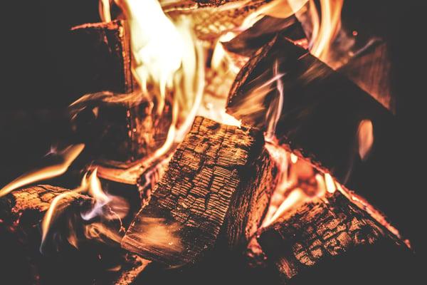 amber-bonfire-burn-167701-1