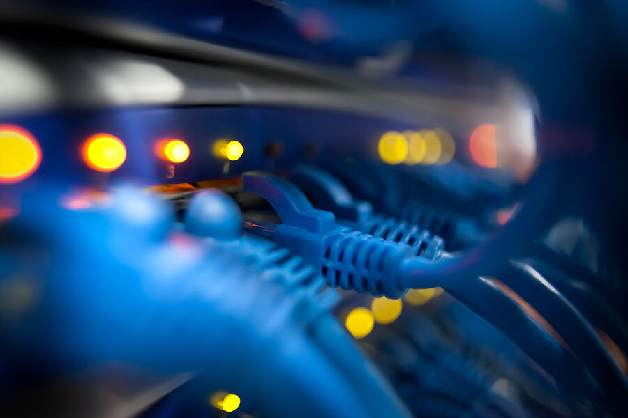 Which is Better for My Business: Onsite or Off-site IT Support Services?