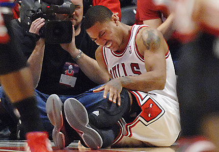 derrick rose torn acl