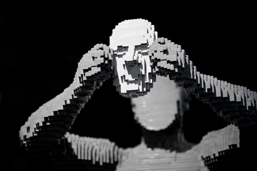 lego-art-silver-face-man