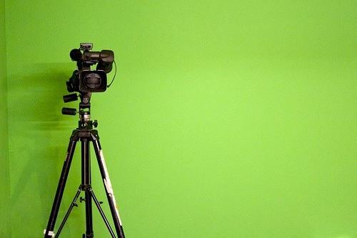 How to Make a Marketing Video: A Beginner's Guide [VIDEO]