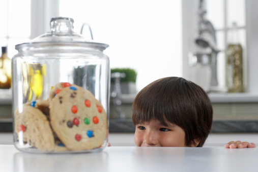 What Are Tracking Cookies? [FAQs]