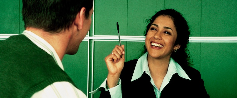 how to provide constructive feedback to employees