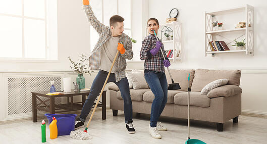 spring-cleaning-start-now_782x422px-3
