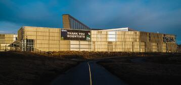TELUS Spark Celebrates Scientists with New Banner Installed by West Canadian