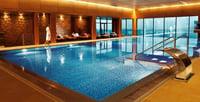 Hva skal vi med lys under vann, og hvor mye undervannsbelysning bør en ha i svømmebassenget?