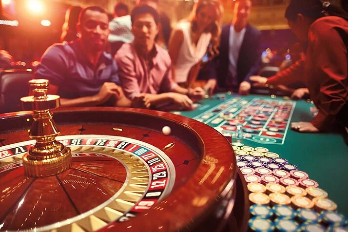 1833x1222_st-charles-casino-roulette