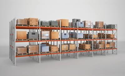 estanterías con mercancías en stock