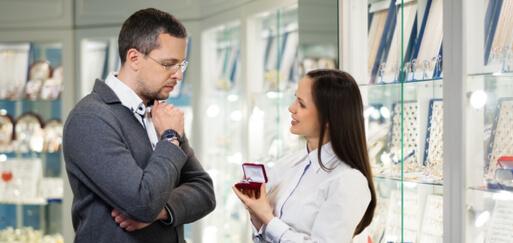 diamond-buyer-decides