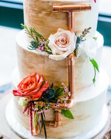 Essential Wedding Cake Trends