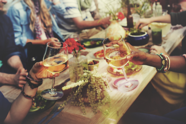 Get Outside: Host an Outdoor Party
