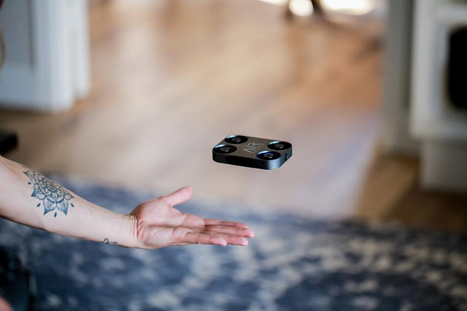 The selfie drone that fits in your pocket