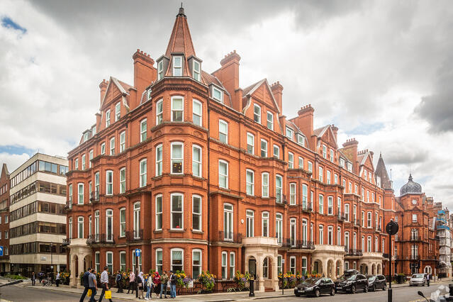 Commercial Property Area Guide: Mayfair - London
