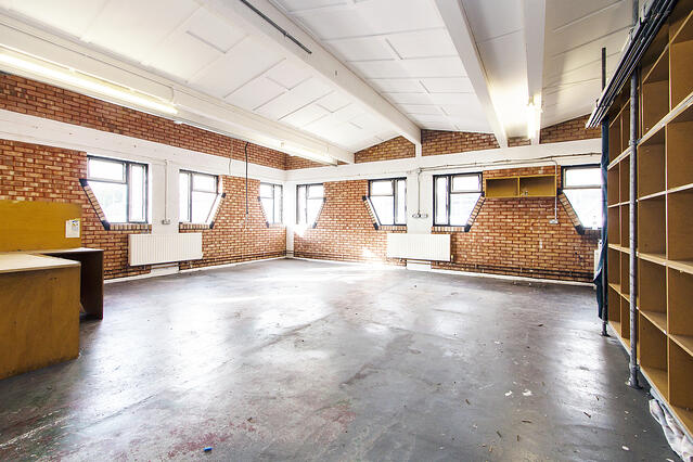 5 London industrial units for your city warehouse