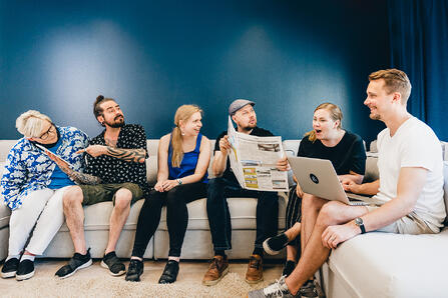 Miksi Aava & Bang on yksi Suomen parhaista työpaikoista? Me kerromme!