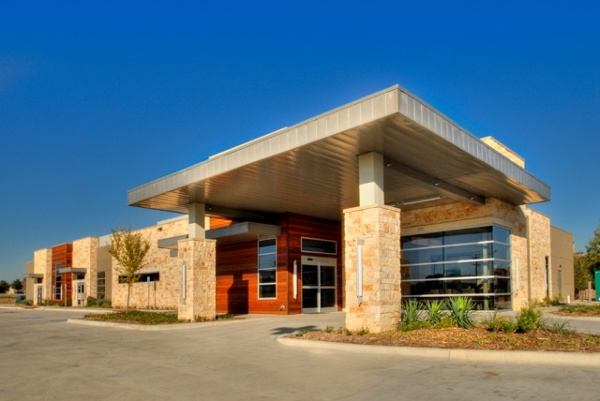 Institute for Minimally Invasive Surgery - Dallas, Texas. Spine ASC developed by Meridian Surgical Partners.