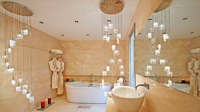 Crystal Bathrooms - Luxury Bathtubs that Continue to Inspire Modern Bathroom Designs