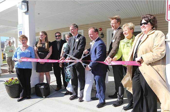 Glenmont Abbey Village Celebrates Grand Opening