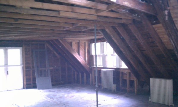 Historic Carriage House Interior Resized 600