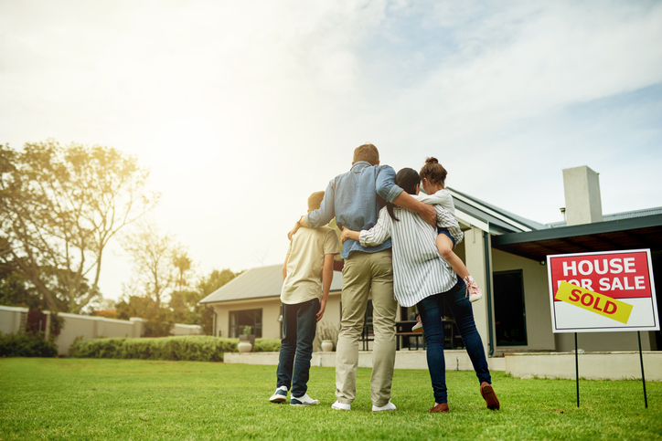 Signs it's Time to Move into a New Home