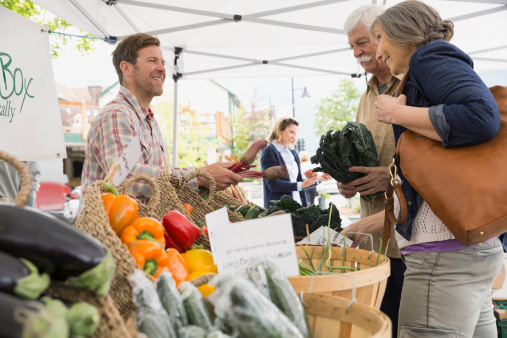 2 Quaint Farmers Markets To Try