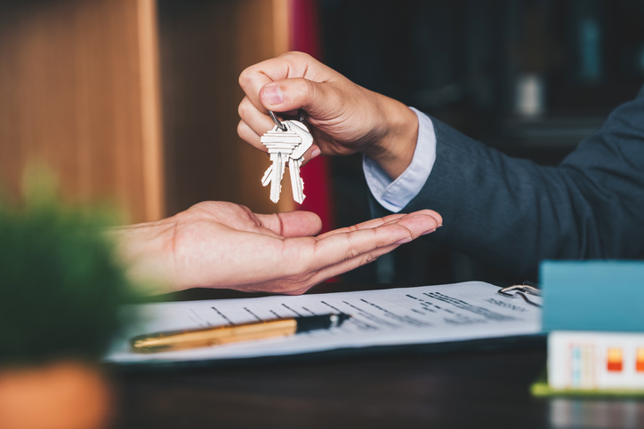 Buying a New House Before You Sell Your Current One?