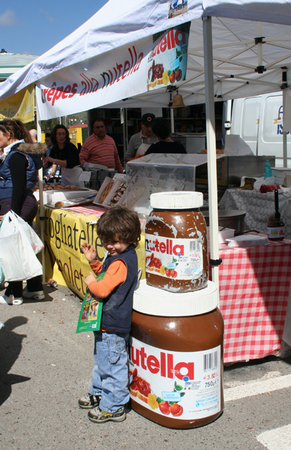 it s world nutella day get out the big spoon