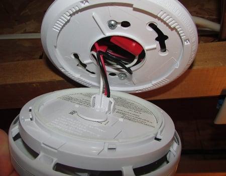 Hardwired-Smoke-Detector