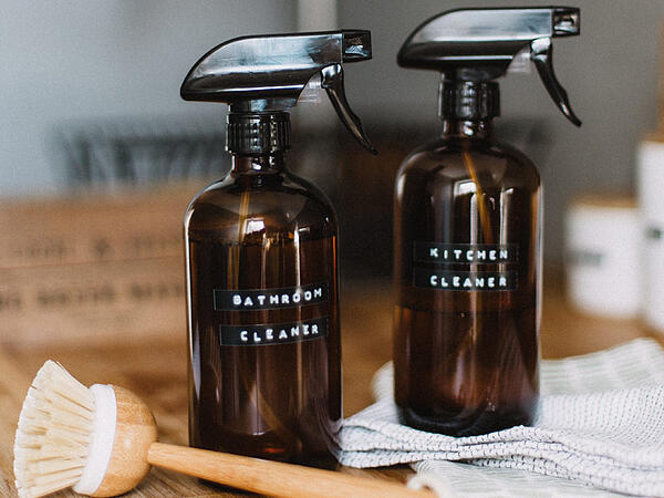Kitchen-and-bathroom-cleaner