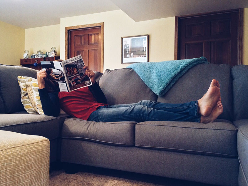 Relaxing-on-your-apartment-contemporary-couch