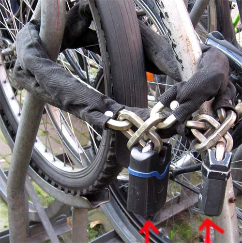 amsterdam_bicycle_lock