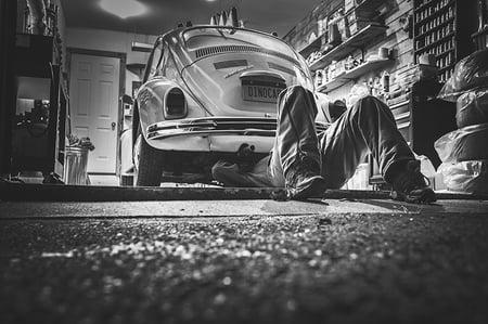 garage black and white