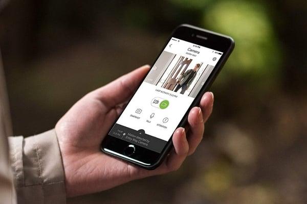 c2-indoor-camera-smartphone-app