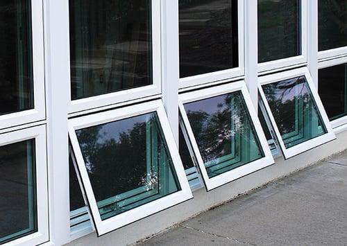 casement window b