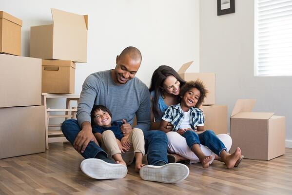 moving-family-new-home-rent