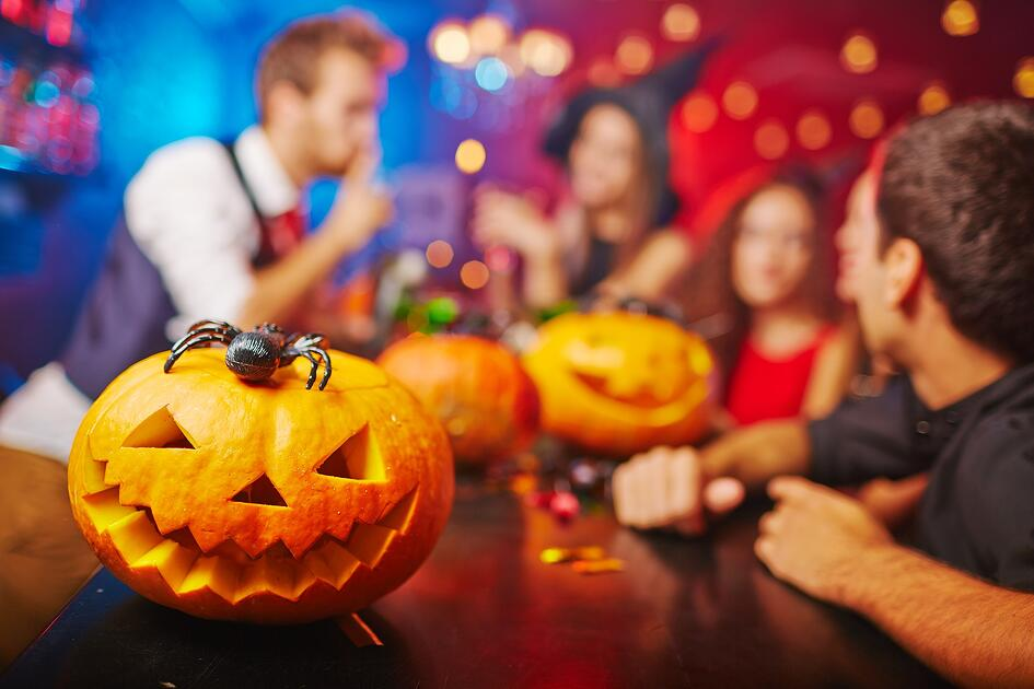 Halloween Party Safety in 4 Steps