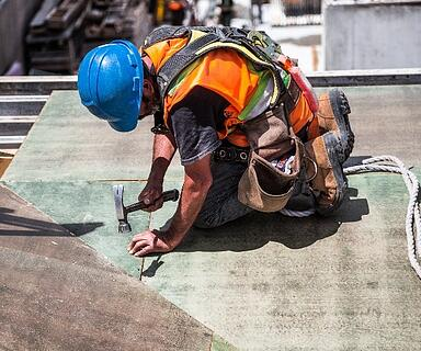 5 Ways to Support New & Inexperienced Workers on Construction Sites