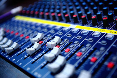 Making Waves - Acoustics for Sound Engineers