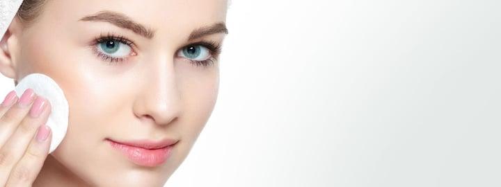 Tout savoir sur le maquillage d'une peau sensible