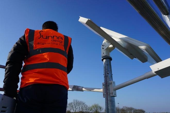 Installation éclairage solaire Sunna Design