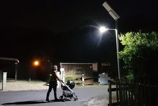 lampdaire_solaire_UP1-768x516