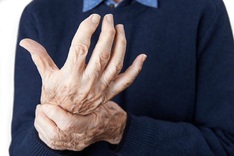 help seniors with arthritis