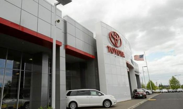 Toyota Vallejo thrilled with solar, LED project