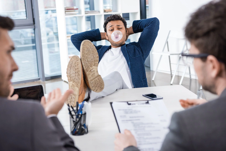 10 Things NEVER to do in a Job Interview
