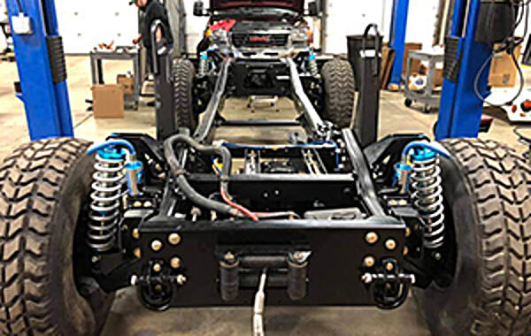 DuramaxTuner.com's 750HP H1 Project Duramax-powered Hummers never get old, do they? The folks at DuramaxTuner.com have been hard at it in getting this H1 chassis ready to accept.